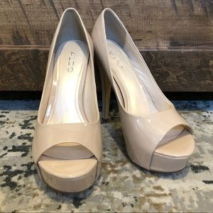 Aldo nude patent leather peep toe heels